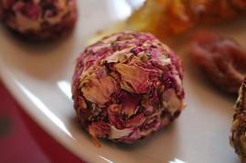 Karottenpaste mt Rosenblättern